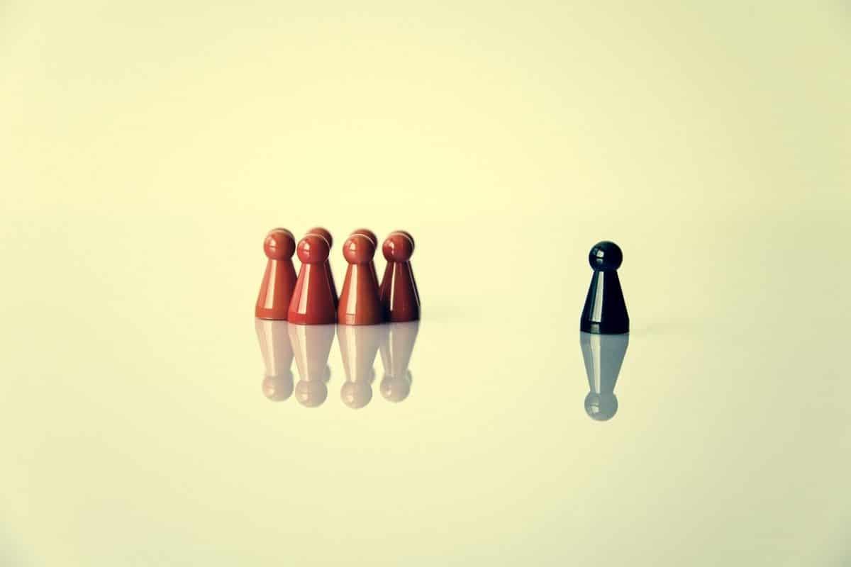 come persuadere, riprova sociale